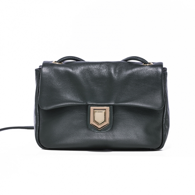 Crossbody bag with metal lock